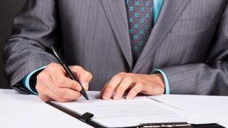 La letra pequeña de los contratos bancarios