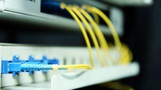 Cómo gestionar un traslado de fibra óptica de domicilio y no morir en el intento