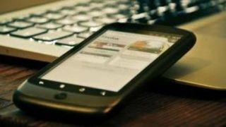 """""""Estamos a la cola de Europa en el precio del GB de datos móviles"""". Entrevistamos a Óscar Baeza"""