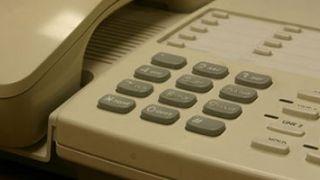 ¿Hay ofertas para contratar un teléfono fijo?