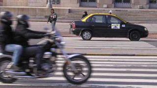 ¿Conviene unificar el seguro de coche y moto?