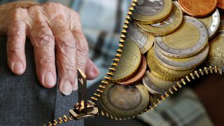 El Gobierno subirá las pensiones mínimas y de viudedad en los Presupuestos 2018