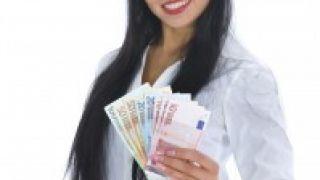 Cuenta nómina: ¿Qué es mejor regalos, rentabilidad o devolución de recibos?