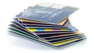 Las tarjetas de crédito: Otro frente en la Guerra Bancaria