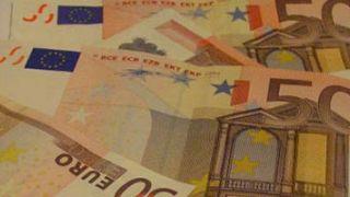¿Cuánto dinero público se destinó a la reestructuración financiera?