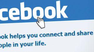 ¿Cómo influyen las redes sociales como Facebook en los bancos online españoles?