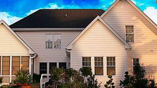 ¿Es recomendable contratar un seguro de hogar antes de vacaciones?