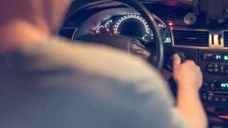 ¿Qué consecuencias tiene ser tomador de un seguro en un vehículo a nombre de un fallecido?