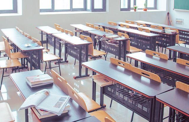 Qué gastos escolares puedo desgravarme de la declaración de la Renta