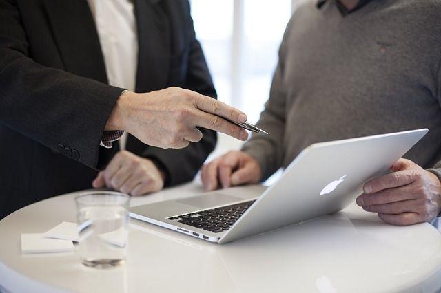 Ventajas y desventajas de un intermediario financiero