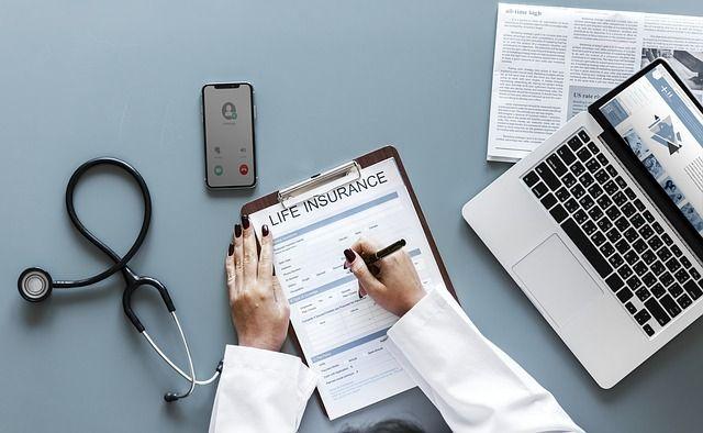 Cómo revisar el seguro de salud a final de año