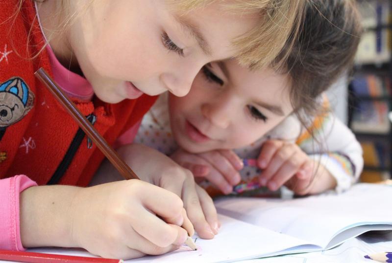 Educación concertada: ¿Qué pagos puedo deducir en la declaración de la renta?