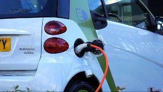 Qué ayudas existen en la actualidad para comprar un coche electrico