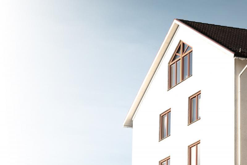 Los compradores de vivienda en España tardan una media de siete años en conseguir su entrada para la hipoteca ahorrando el 20% del sueldo